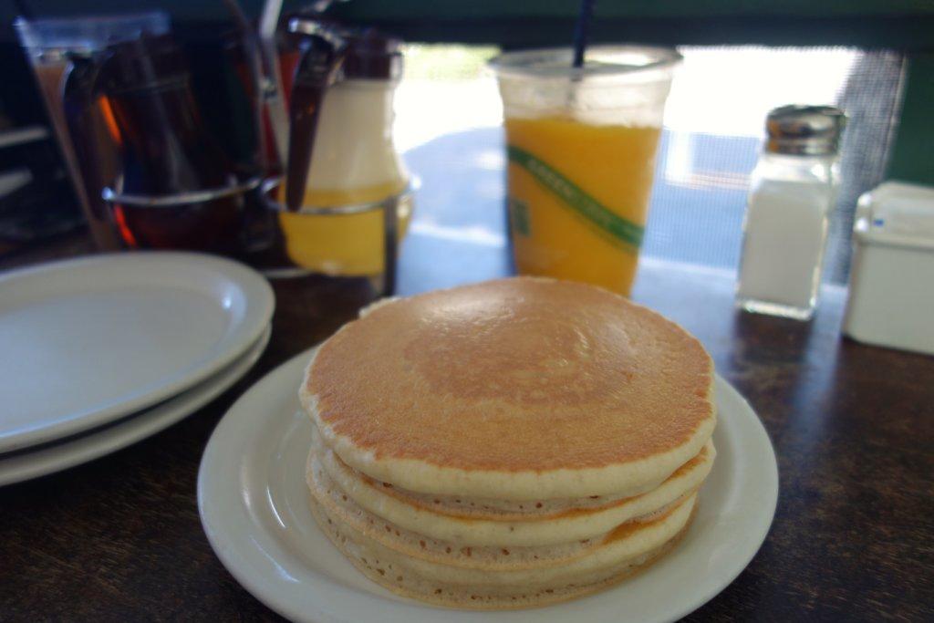 エッグスンシングス サラトガ店のパンケーキ